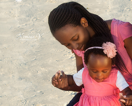 mupunga family_strand beach_nomusa v photoblog_cape_town_family_photographer  (5)